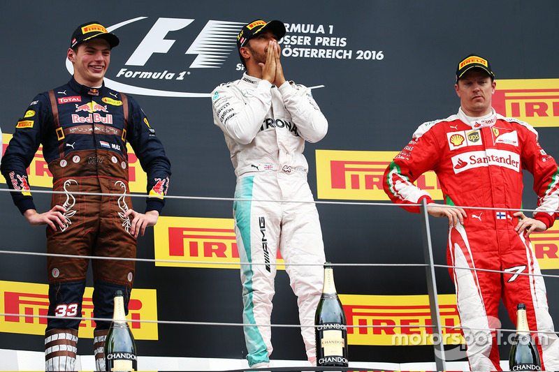 El podio de la carrera