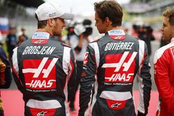 Romain Grosjean, Haas F1 Team VF-16, Esteban Gutiérrez, Haas F1 Team VF-16