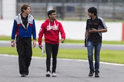 Akash Nandy, Jenzer Motorsport y Arjun Maini, Jenzer Motorsport