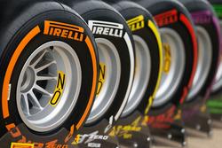 Pirelli show tyres
