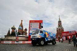#300 Kamaz: Dmitry Sotnikov, Ruslan Akhmadeev, Ivan Romanov