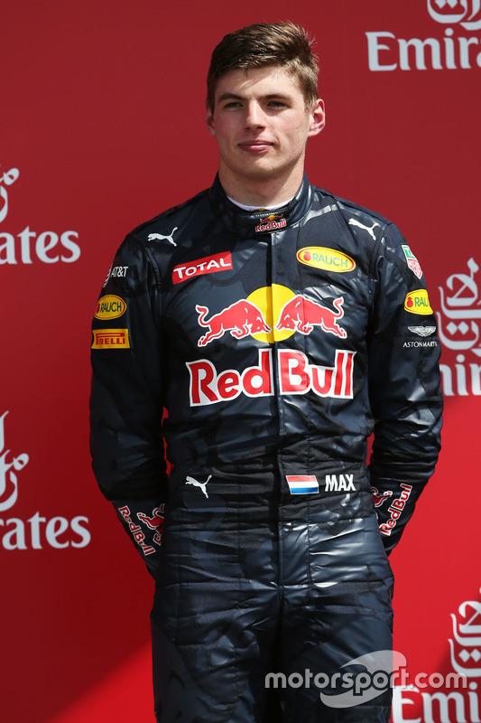 Max Verstappen, Red Bull Racing en el podio