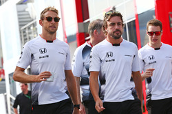 Jenson Button, McLaren; Fernando Alonso, McLaren