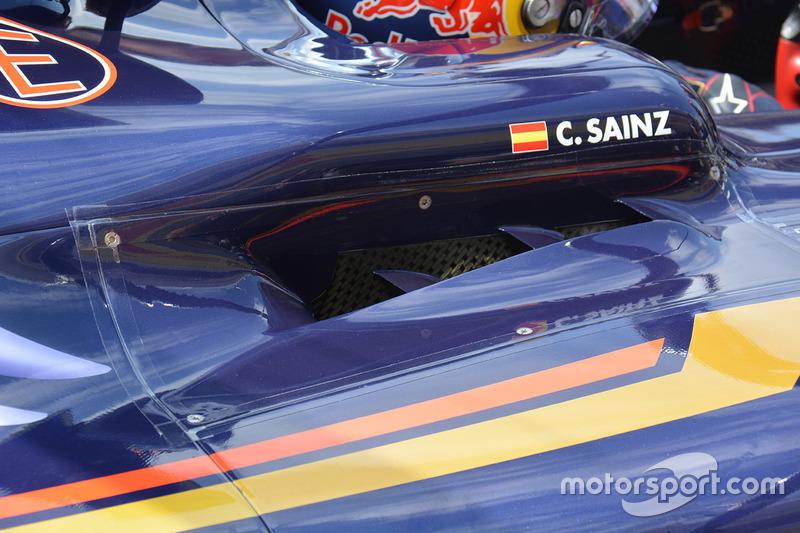 detalle del auto de Carlos Sainz Jr., Scuderia Toro Rosso STR11