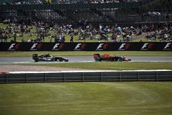 Nico Hülkenberg (Sahara Force India) and Max Verstappen (Red Bull Racing)