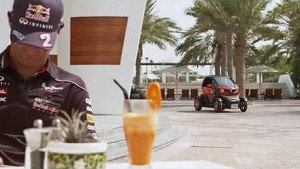 The Electric Ride of Renault Twizy in Dubai with Mark Webber & Charles Pic