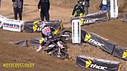 Ken Roczen crashes in Oakland SX 2015