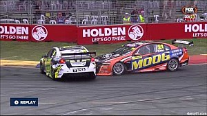 V8 Supercars Dunlop Series 2015, Choque entre Kean y Hansen en Adelaida