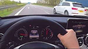 Mercedes C450 AMG Pilot Açısı ile Otobanda Uçuyor V6 Biturbo Sesi ile W205'in Gücü