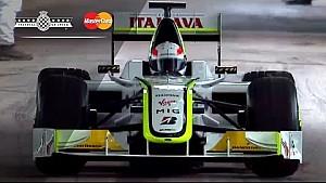 Martin Brundle pilote la Brawn BGP 001