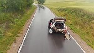 Polen: Unfallauto fährt noch!