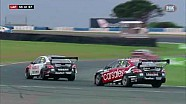Nissans clash in race 6