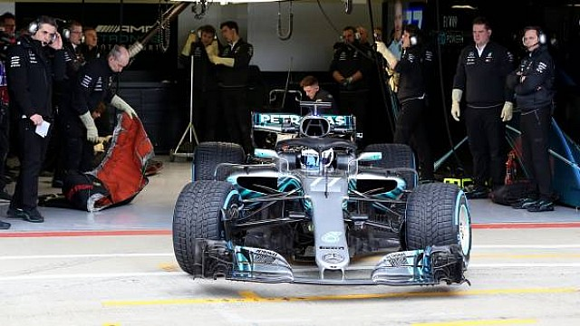 The Flying Lap: Аналіз боліда Mercedes W09