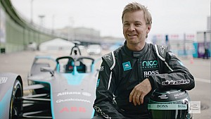 Nico Rosberg drives Formula E Gen2 Car in Berlin