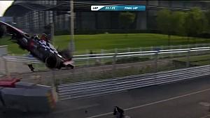 Le crash de Heidfeld et Prost à Pékin
